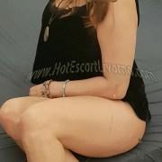 Bellissima italiana escort donna cerca uomo