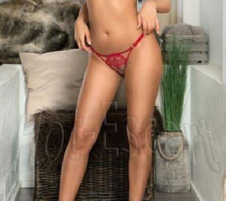 Ragazza italiana escort girl