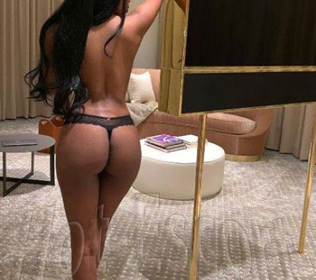 Cioccolatino sexy escort donna cerca uomo