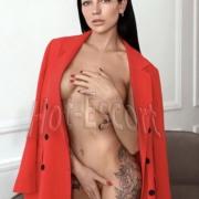 Valeria escort girl