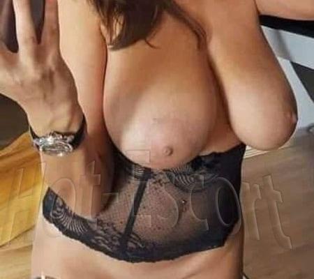 Chantall escort donna cerca uomo