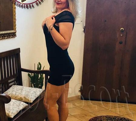 Febbraio 2020 Foto vere di Adriana escort donna cerca uomo